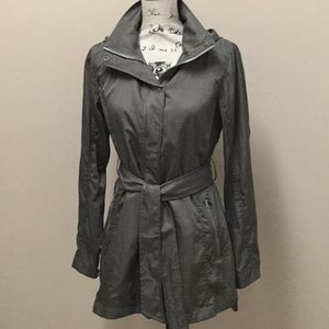 Mondetta army green wind breaker hoodie jacket